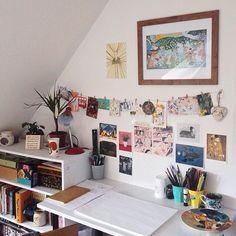 pinterest | abbyycatherine Dream Bedroom, Desks, Desk Inspiration Student, Desk Inspo, Art Desk, Desk Lamp, Roomspiration, Tidy Room, Uni Room