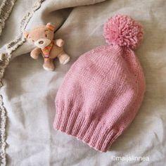 Lapsen pipo Knitting Projects, Knit Crochet, Winter Hats, Beanie, Colours, Crocheting, Pattern, Kids, Yarns