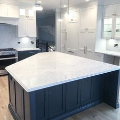 Now this island is definitely the WOW-factor you're needing in your kitchen and home. Kitchen Reno, Kitchen Design, Kitchen Installation, Quartz Countertops, Wow Products, Houzz, Island, Home Decor, Cuisine Design