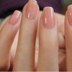 Nude Nail Art | French tip nail designs #ChoosingNailTips
