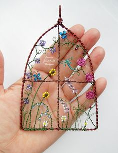 image 0 Beaded Crafts, Wire Crafts, Metal Crafts, Jewelry Crafts, Wire Wrapped Jewelry, Wire Jewelry, Jewlery, Wire Ornaments, Diy Wind Chimes