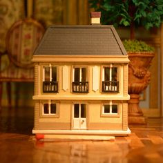 1:144 scale miniature, French House, Dollhouse. by MiniMondeBoutique on Etsy https://www.etsy.com/listing/263687905/1144-scale-miniature-french-house