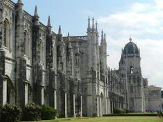 Fotografía: Elsa Mallol-Lisboa Elsa, Cathedral, Portugal, Building, Travel, Morocco, Fotografia, Vacation, Buildings