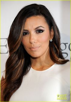 Eva Longoria love the placement and barely there highlights