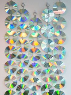 Recycled Cd Crafts, Old Cd Crafts, Diy And Crafts, Art Cd, Cd Wall Art, Cd Diy, Cd Decor, Room Decor, Cd Mosaic