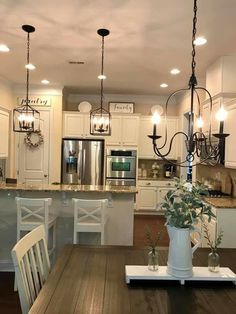 farmhouse kitchen decor Captivating Farmhouse Lighting Design Ideas To Complete Your Dcor Farmhouse Kitchen Lighting, Kitchen Island Lighting, Dining Lighting, Kitchen Lighting Fixtures, Modern Farmhouse Kitchens, Home Kitchens, Club Lighting, Rustic Lighting, Farmhouse Design