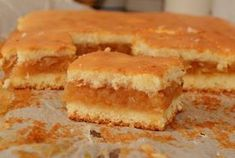 Prajitura turnata cu mere | Rețete Papa Bun Romanian Desserts, Romanian Food, No Cook Desserts, Dessert Recipes, Homemade Sweets, Cakes And More, Food To Make, Sweet Treats, Deserts