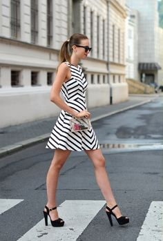 dress -Zara /clutch -Choies /heels -Steve Madden /watch -Michael Kors /rings -Asos /sunglasses -Ray Ban