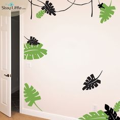 These large Jungle Leaves place you right in the heart of the Safari. Explore your sense of adventure and get lost in your imagination! Create a startling effect with a vibrant vinyl color combination or a subtle texture on your wall for a cozy experience.