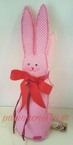 Handmade bunny on a candle, made of pink cotton fabric with dots! #paninaoneira
