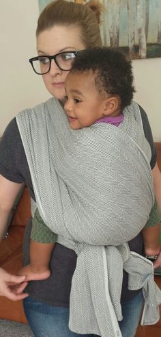 Day 3 front cross carry #Didymos Lisca grigio