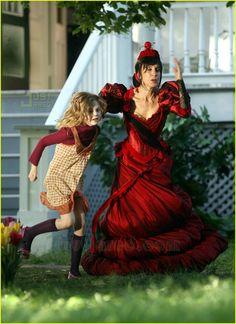 Felicity Films 'Phoebe in Wonderland'   Elle Fanning, Felicity Huffman Photos   Just Jared