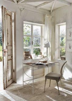 Just dreamy simplicity... It kinda reminds a bit of Atonement... via