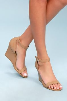 Nude shoes are perfect for just about any outfit, and we have chic blush heels and nude strappy sandals to complete your look! Blush Heels, Nude Shoes, Sneakers Fashion, Fashion Shoes, Baskets, Stylish Sandals, Fancy Shoes, Ankle Strap Wedges, Platform Wedge Sandals