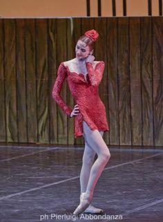 Svetlana Zakharova in Carmen. ✯ Ballet beautie, sur les pointes ! ✯