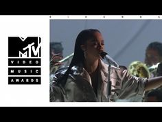 Powerful voice and she knows it! Love it 😍 Rihanna - Stay, Love On The Brain & Diamonds (Live From The 2016 MTV VMAs)~Laticia Music X, Music Is Life, Music Songs, Best Female Artists, Female Singers, Mtv Video Music Award, Music Awards, Mtv Videos, Music Videos