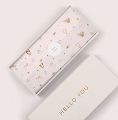 Clothing Packaging, Fashion Packaging, Jewelry Packaging, Paper Packaging, Print Packaging, Packaging Ideas, Printing On Tissue Paper, Tissue Paper Wrapping, Wrapping Paper Design