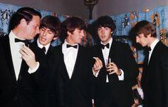 Beatles+premiere.jpg (600×383)