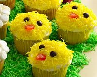 Easy Easter Cupcakes! I,ve done this in the past,  easy and fun!