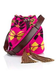 We're bringing you all the stuff you've missed this week, including the most beautiful summer bags for every occasion. Tapestry Bag, Tapestry Crochet, Fringe Handbags, Leather Handbags, Women's Handbags, Mochila Crochet, Discount Swimwear, Crochet Handbags, Crochet Bags