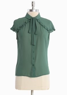 cute top, would look great with a pencil skirt.