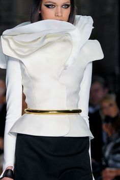 Sculptural collar detail with elegant layered textures like delicate flower petals; artful fashion details // Stephane Rolland Haute Couture