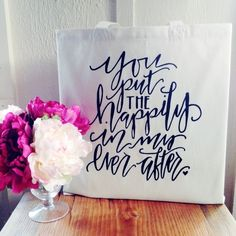 This is the prefect wedding welcome bag! Sweet and simple, everyone will remember this bag as the perfect memorable detail.