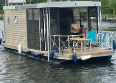 Hausboot mieten in Brandenburg, führerscheinfrei fahren: https://www.hausbootportal.com/mieten/hausboot-havel/