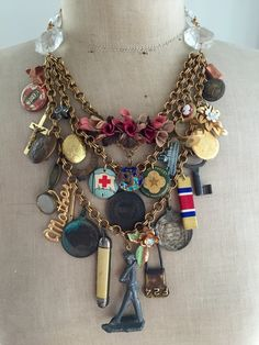 Jewelry OFF! The Soldier Steampunk Vintage Charm Statement par Vintage Jewelry Crafts, Recycled Jewelry, Old Jewelry, Jewelry Art, Jewelry Design, Jewelry Ideas, Jewelry Making, Found Object Jewelry, Boho