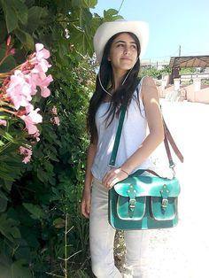 Green Leather Bag Messenger Bag Purse ipad Bag por ammaciyo en Etsy