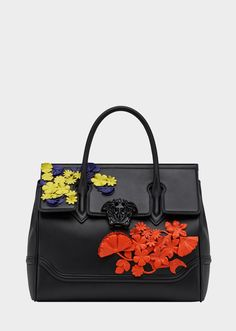 Versace Flower Appliques Palazzo Empire Bag In Black Versace Handbags, Versace Bag, Fashion Handbags, Purses And Handbags, Fashion Bags, Diy Fashion, Fendi, Gucci, Dolce & Gabbana