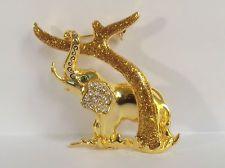 VINTAGE JEWELRY COSTUME GOLD CRYSTAL GLASS TREE RHINESTONE ELEPHANTS BROOCH PINS