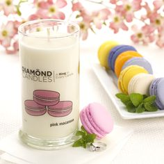 Make Monday great with a sweet floral treat in this Pink Macaroon Soy Candle.