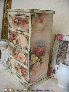 Decoupage Furniture, Decoupage Box, Decoupage Vintage, Chalk Paint Furniture, Funky Furniture, Repurposed Furniture, Shabby Chic Furniture, Jewelry Box Makeover, Pottery Houses