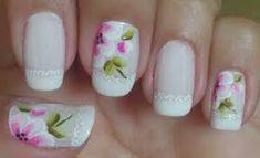 Resultado de imagem para unhas decoradas com flores