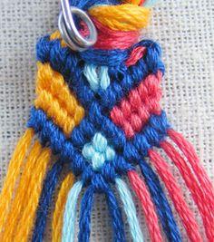 DIY Stylish Square Knot Macrame Bracelet | iCreativeIdeas.com Follow Us on Facebook --> https://www.facebook.com/icreativeideas