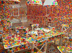 THE QUEEN OF DOTS: YAYOI KUSAMA | PASHION FLOWER