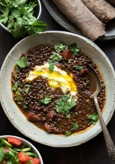 Wild Greens and Sardines : Ethiopian-Spiced Black Lentils Lentil Recipes, Vegetarian Recipes, Cooking Recipes, Healthy Recipes, Pea Recipes, Yummy Recipes, Salad Recipes, Dinner Recipes, Ethiopian Lentils
