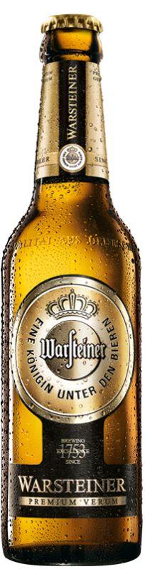 Cerveja Warsteiner Premium Verum, estilo German Pilsner, produzida por Warsteiner Brauerei, Alemanha. 4.8% ABV de álcool.