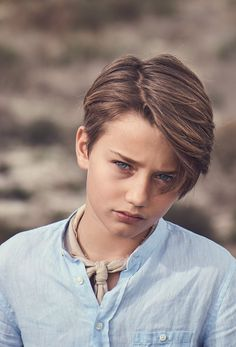 ´s Campaign at Massimo Dutti online. Enter now and view our Spring Summer 2019 Campaign collection. Boys Haircuts Long Hair, Boys Haircut Styles, Little Boy Hairstyles, Baby Boy Haircuts, Haircuts For Men, Baby Haircut, Handsome Kids, Asian Short Hair, Long Hair Cuts