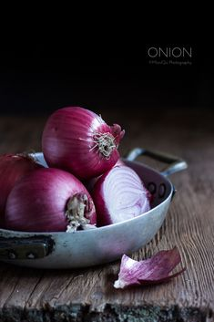 Onions. food photography, food styling, learn food photography