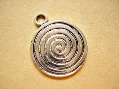 30 Bulk Antiqued Silver Tone Charms Pendant Drop 22x18mm B670 by yooounique on Etsy