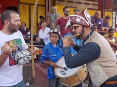 CASA DO PIFE, DOIS ANOS DE CELEBRAÇÃO À CULTURA POPULAR http://www.jornaldecaruaru.com.br/2015/11/casa-do-pife-dois-anos-de-celebracao-a-cultura-popular/