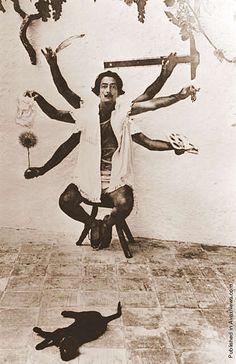 dali CFA Colectivo Filósofos Astrales Fomento Cultura & Arte = Educación