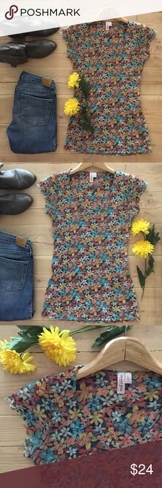 🆕 | Anthropologie Sweet Pea Top 🌼 Darling floral short sleeve mesh top.  Very stretchy material. In excellent, gently used condition. Anthropologie Tops