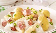 Zahlreiche Kartoffel-Rezepte von Dr. Oetker warten nur darauf, von Ihnen entdeckt zu werden. So zum Beispiel das Rezept Kartoffelspalten mit Mayo-Gemüse-Dip. Veg Dishes, Pork Dishes, Potato Salad, Potatoes, Cooking, Ethnic Recipes, German, Foods, Jacket Potato Recipe