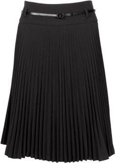 Just bought a skirt like this...now I need to figure out the best way to style it on a chubby girl. Hmm