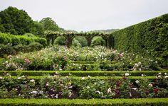 Сад для миллионерши Энн Хендрикс Басс вКенте, Великобритания.