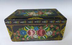 vintage olinala boxes | Vintage Olinala box with floral graphics!