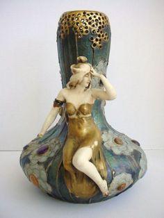 Large-Damaged-Amphora-Turn-Teplitz-Art-Nouveau-Lady-Vase-14-034-High-for-Repair